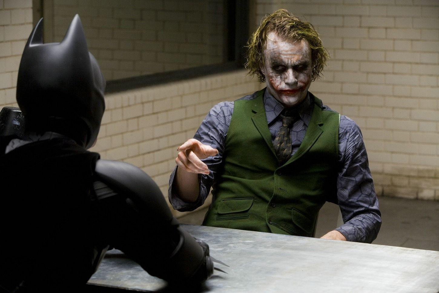 the joker vs the dark knight